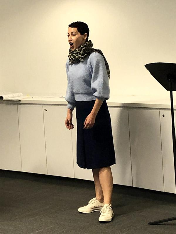 adult-singer-rehearsing-800